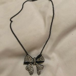 Cookie Lee Black Bow Necklace 🔴